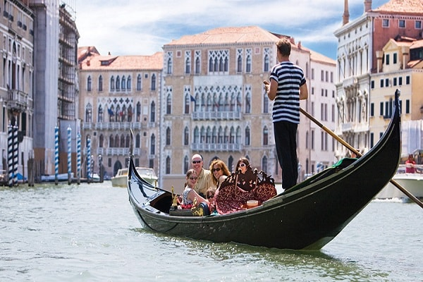 Boat Tours in Italy