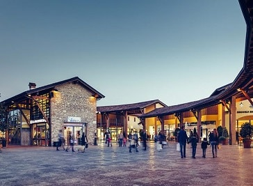 Franciacorta Outlet Village in Rodengo-Saiano